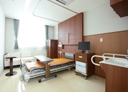 公立小野町地方綜合病院の病室の写真